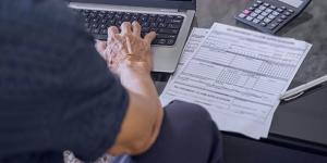 بیمه بیکاری چیست