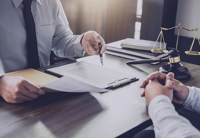 مالیات بر درامد وکلا
