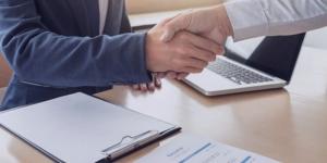 قرارداد کار چیست؟ [نحوه نوشتن قرارداد + انواع] | نمونه