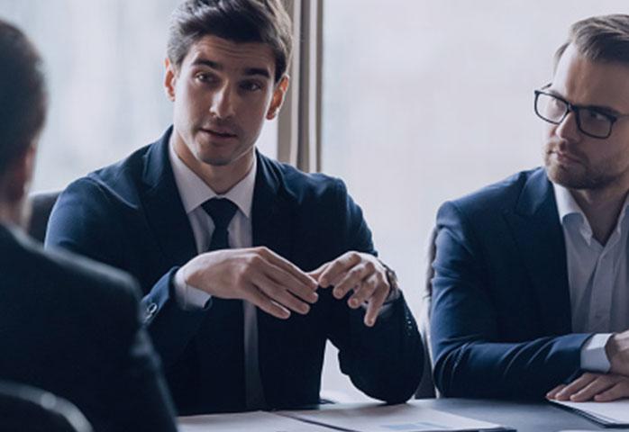 کنترل کارهای تیم فروش توسط سرپرست فروش