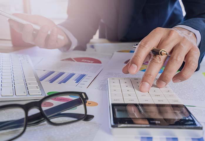 خدمات مالی چیست؟