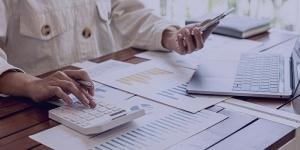حسابداری مدیریت چیست؟ ویژگی، کاربرد و مزایای حسابداری مدیریت